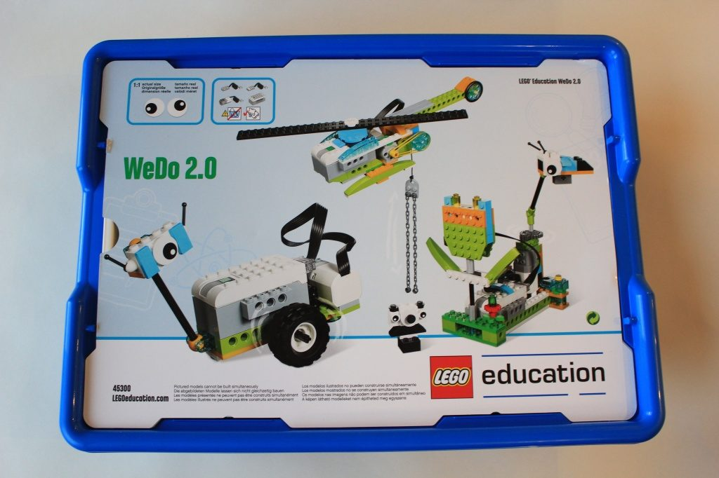 Робот конструктор LEGO Education WeDo 2.0 базовый набор 45300